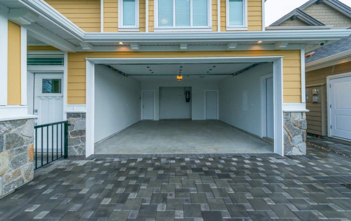 Can Home-Office Tax Deductions Include Garage Space
